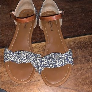 Mossimo Floral Sandals 7m